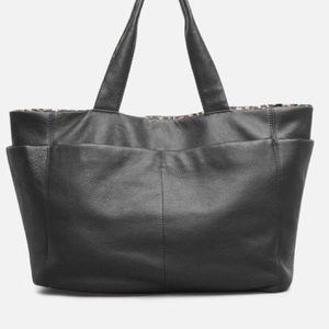 NWT Kenneth Cole Reversible Stanton Tote 👜